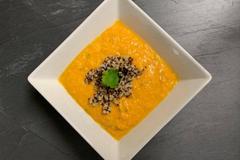 Moehren-Quinoa-Suppe