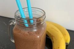 Kaffee-Bananen-Kakao-Smoothie
